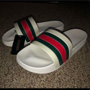Gucci pursuit 72' slides